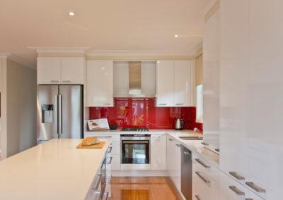 MAIN-polar-white-laminex-silk-ocean-foam-caesarstone-red-glass-splashback-island-bench-kitchen-update-3