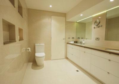 bathroom-tile-vanity-caesarstone-niche-kitchen-update