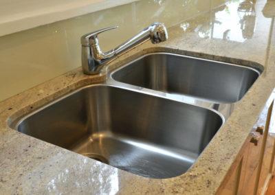 granite-benchtop-franke-undermount-double-bowl-sink-arx120d-glass-splashback-hog-bristle-kitchen-update