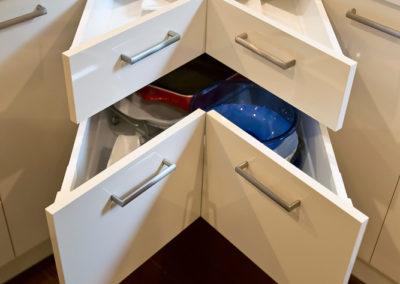 laminex-moleskin-silk-gloss-cabinetry-caesarstone-osprey-benchtop-blum-corner-drawer-kitchen-update
