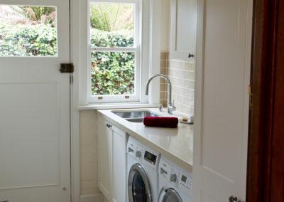 laundry-two-pack-shaker-quantum-quartz-honeycomb-subway-tile-kitchen-update-3