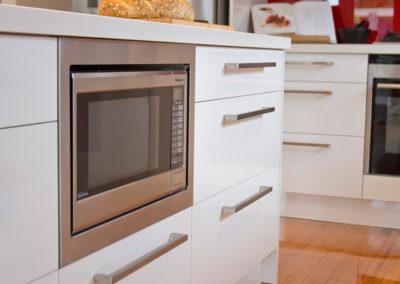 polar-white-laminex-silk-built-in-microwave-panasonic-kitchen-update