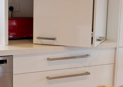polar-white-laminex-silk-ocean-foam-caesarstone-bi-fold-appliance-cabinet-hettich-wingline-kitchen-update-2