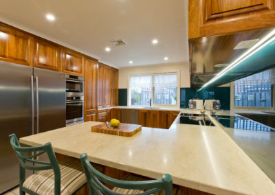 timber-blackwood-corian-glass-splashback-kitchen-update-1