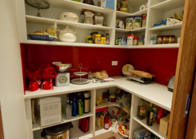 walk-in-pantry-open-shelves-white-laminate-dulux-red-box-glass-splashback-kitchen-update